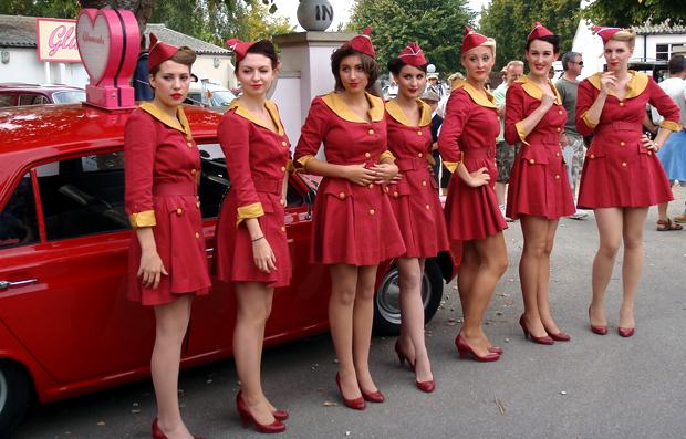 Glam Cab girls at Goodwood Revival vintage event
