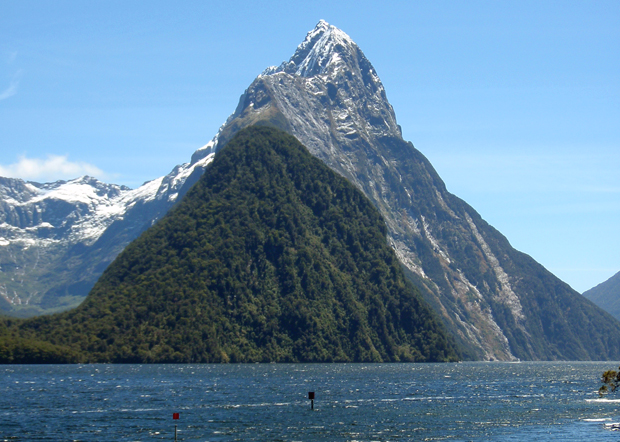 Boat trip in the fjords of Milford Sound, South Island, New Zealand
