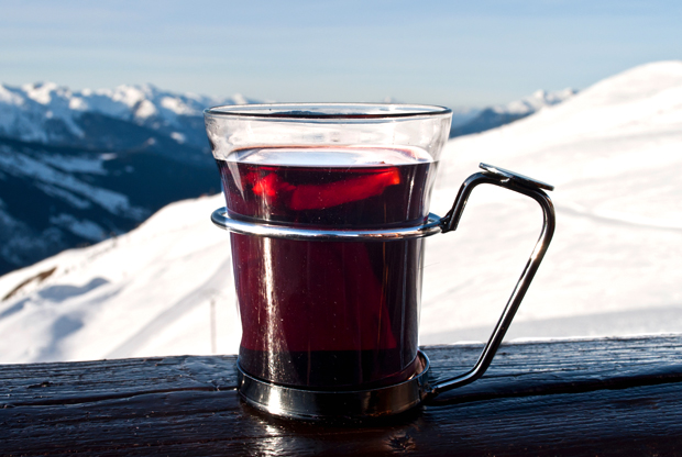 Mulled wine on the slopes in Merbel, French Alps