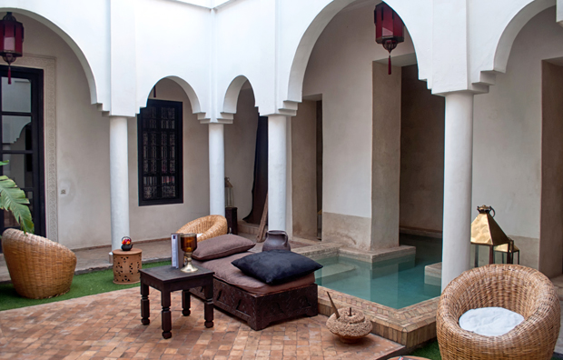Courtyard and pool Riad Capaldi , Marrakech