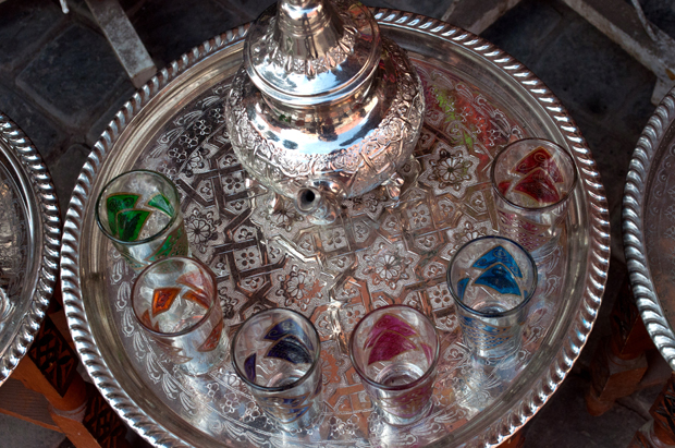 Moroccan tea pot and glasses