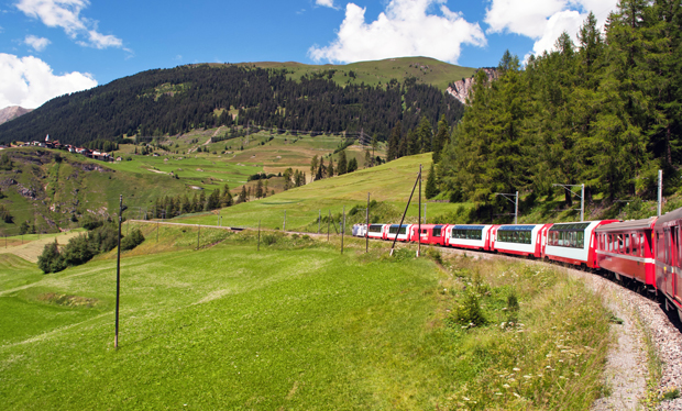 Glacier Express Swiss scenic train